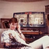 Tim Blake dans son moulin près de Questambert en  1988